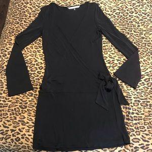 Diane Von Furstenverg wrap black dress (10)